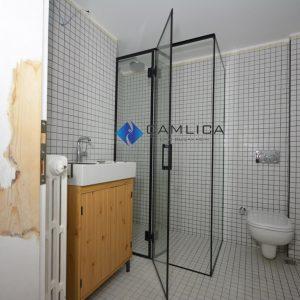siyah çıtalı duşakabin
