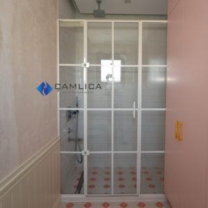 beyaz çıtalı duşakabin