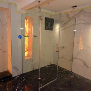 içe dışa açılan duş kapısı